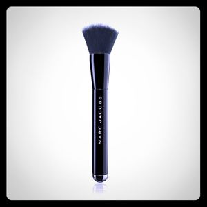 Marc Jacobs The Face 1 Liquid Foundation Brush